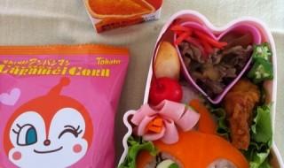 【ドキンちゃん】のお弁当★クロミと並ぶ小悪魔キャラ!