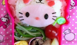 【さくらパンダ × ハローキティ】のお弁当